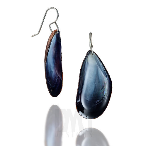Mussel Shell Dangle Earrings