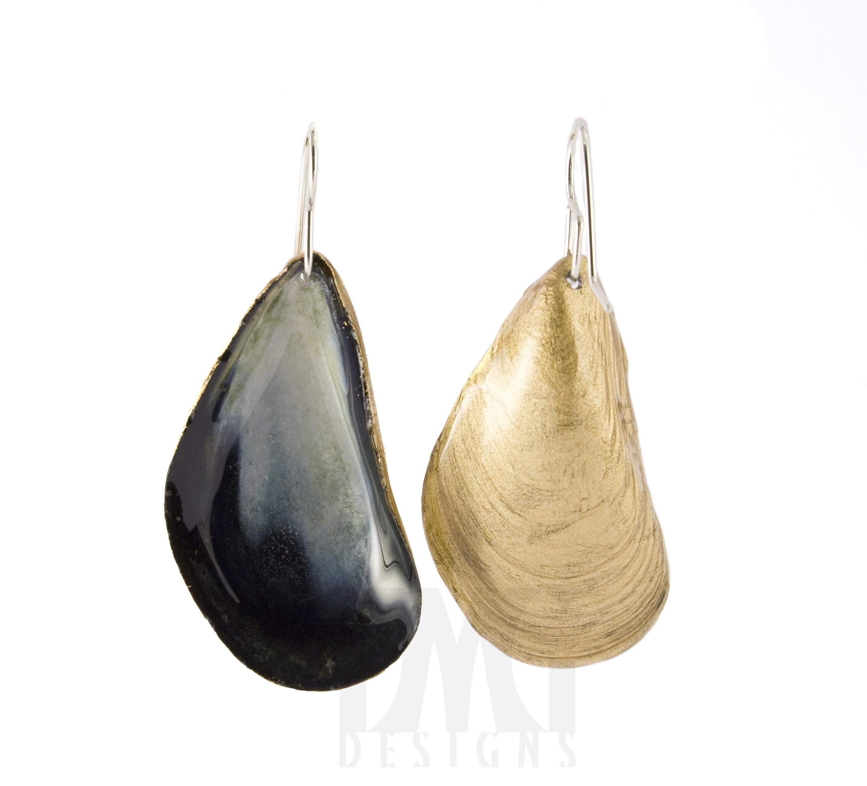 Mussel Dangle Earrings