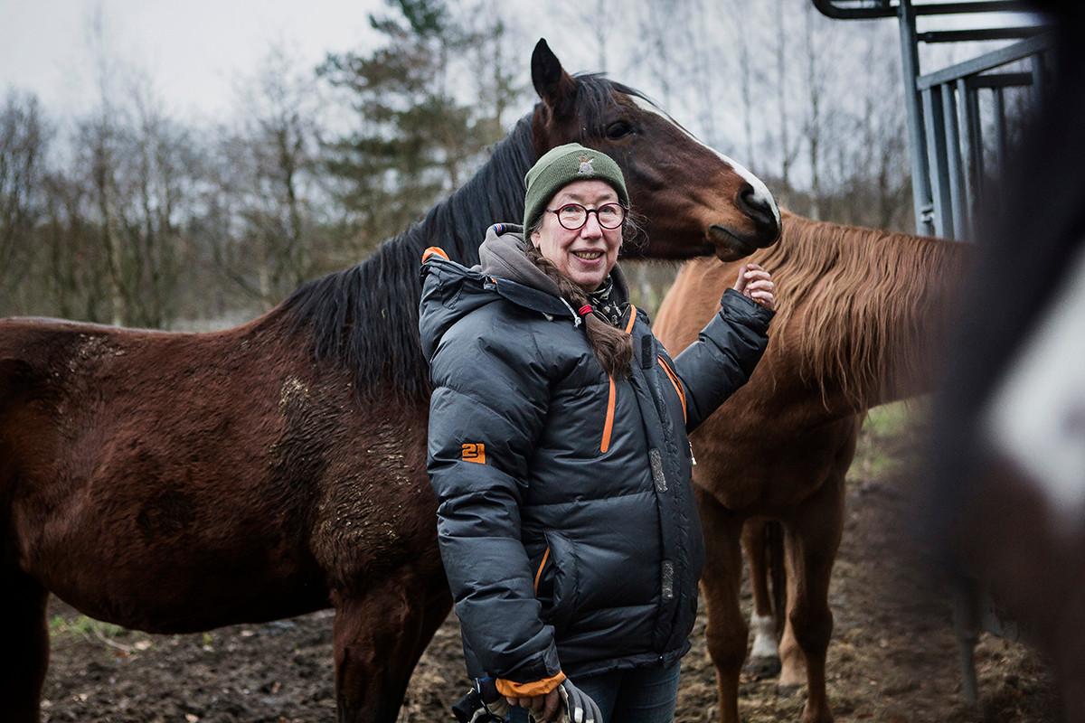 Anna med sin häst