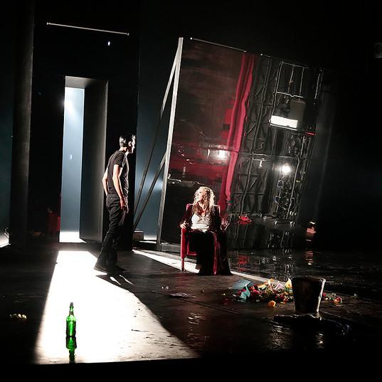 Från Hamlet, föreställningsbild, Helsingborgs Stadsteater