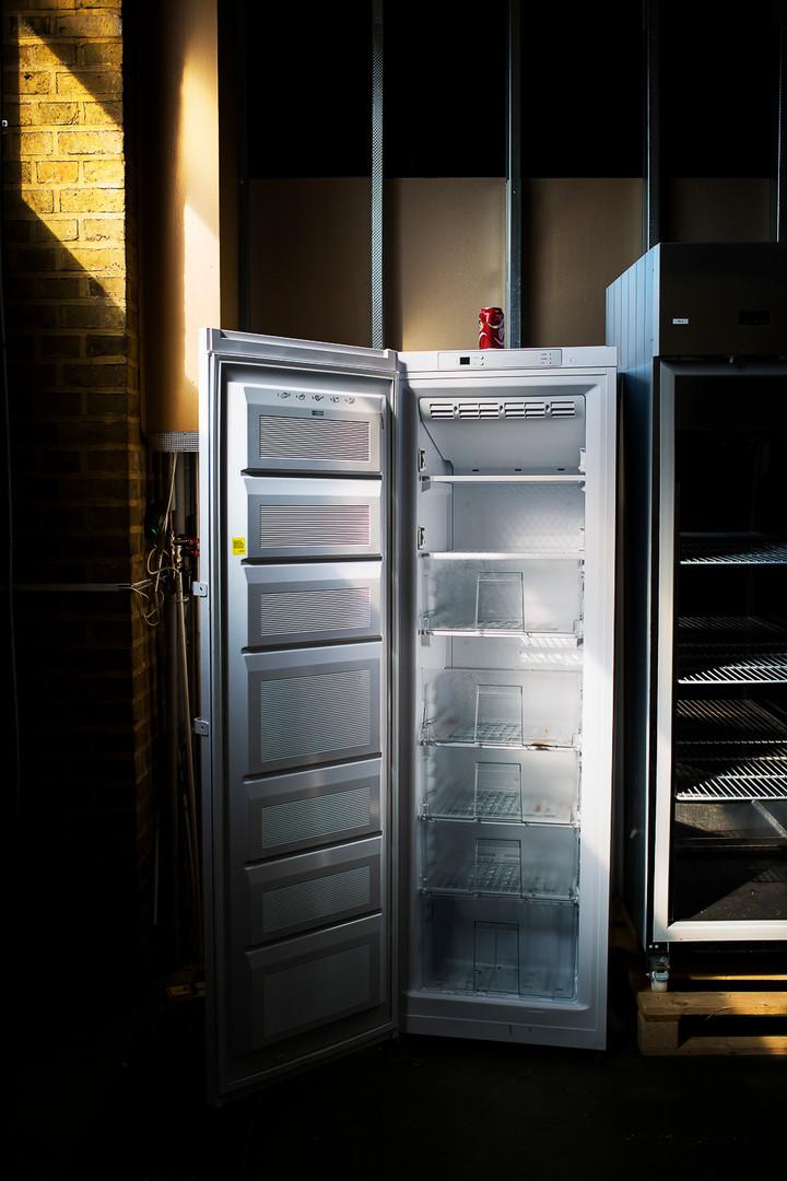 Kylskåp i gamla brandbilshallarna