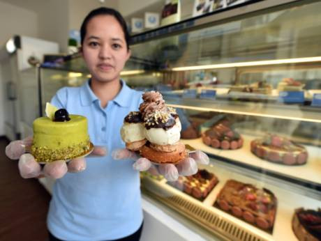 Abu Dhabi bakery gives free birthday cakes to needy