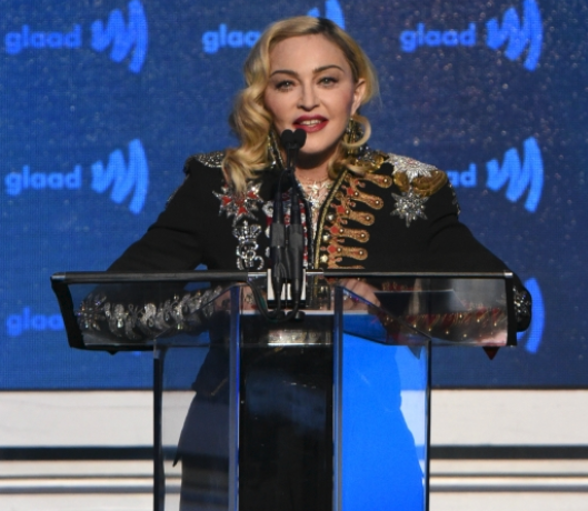 Madonna accepting her award