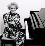 Sylvia Olden Lee
