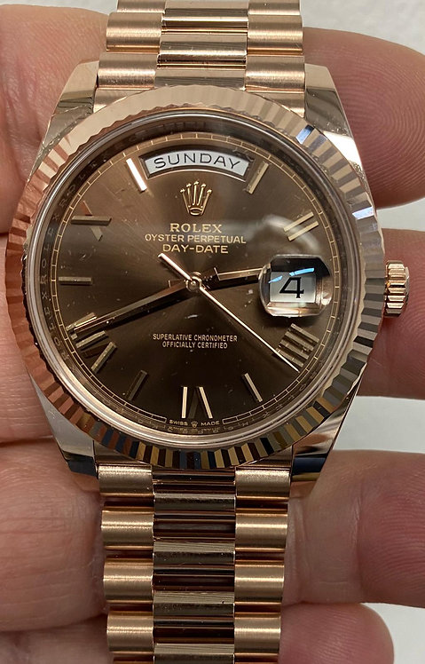 Rolex 228235 Day-Date Chocolate Dial €36000