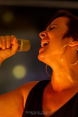 corinne vocal lead