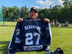 "Bergmann feiert zum Abschied Split gegen die Wild Farmers - Alles Gute ""SIR"""