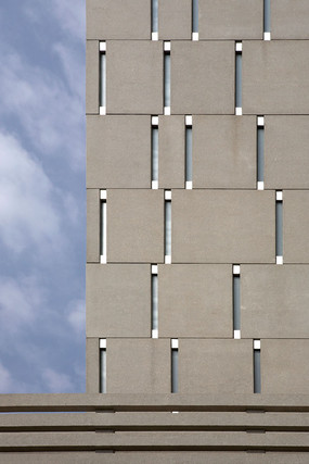Edificio Veles e Ventes by David Chipperfield