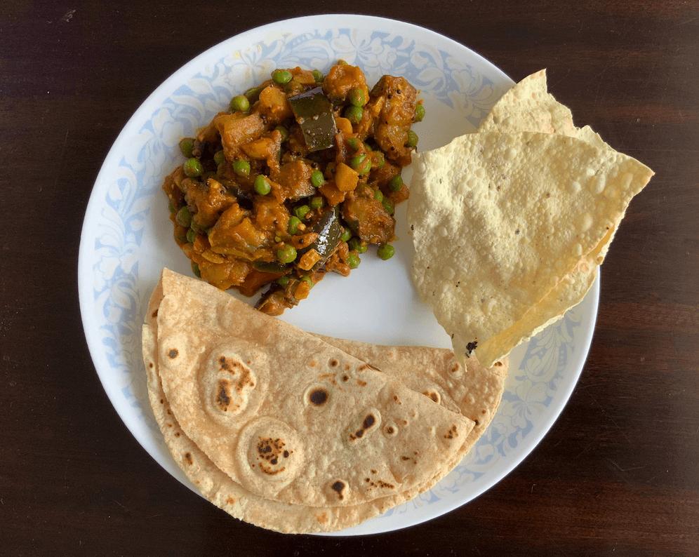 Ringan Matar Nu Shaak | The Rasoi Recipes