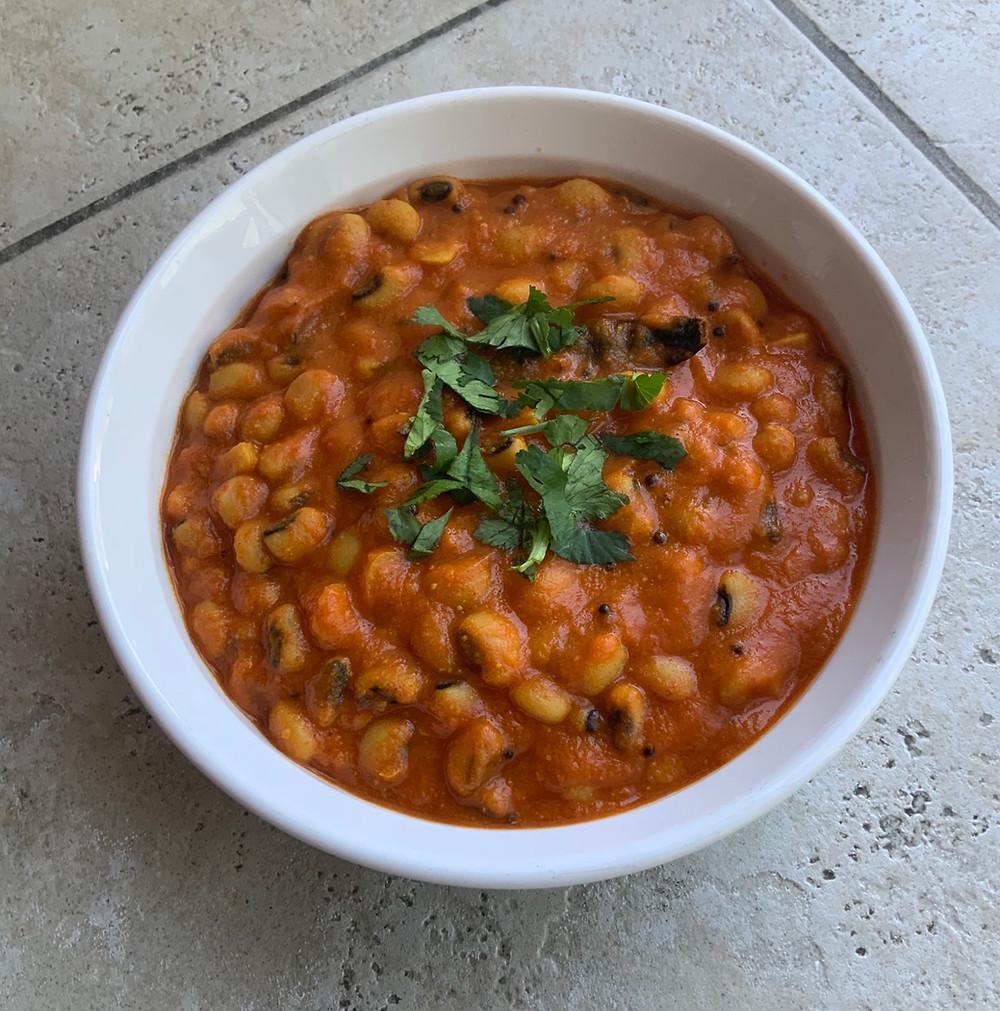 Chori Nu Shaak (Black Eyed Beans Curry) | The Rasoi Recipes