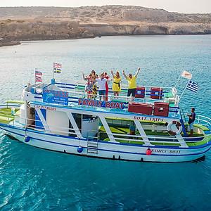 Семейная фотосессия на Кипре , на Яхте