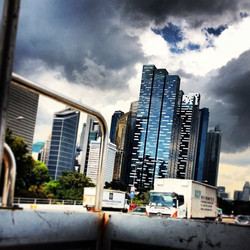 A warm and cloudy day in a pickup to vivo