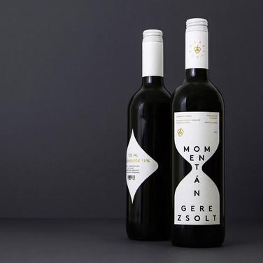 Momentán Wine Label