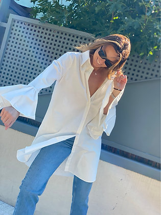 Vestido camisero blanco volante manga