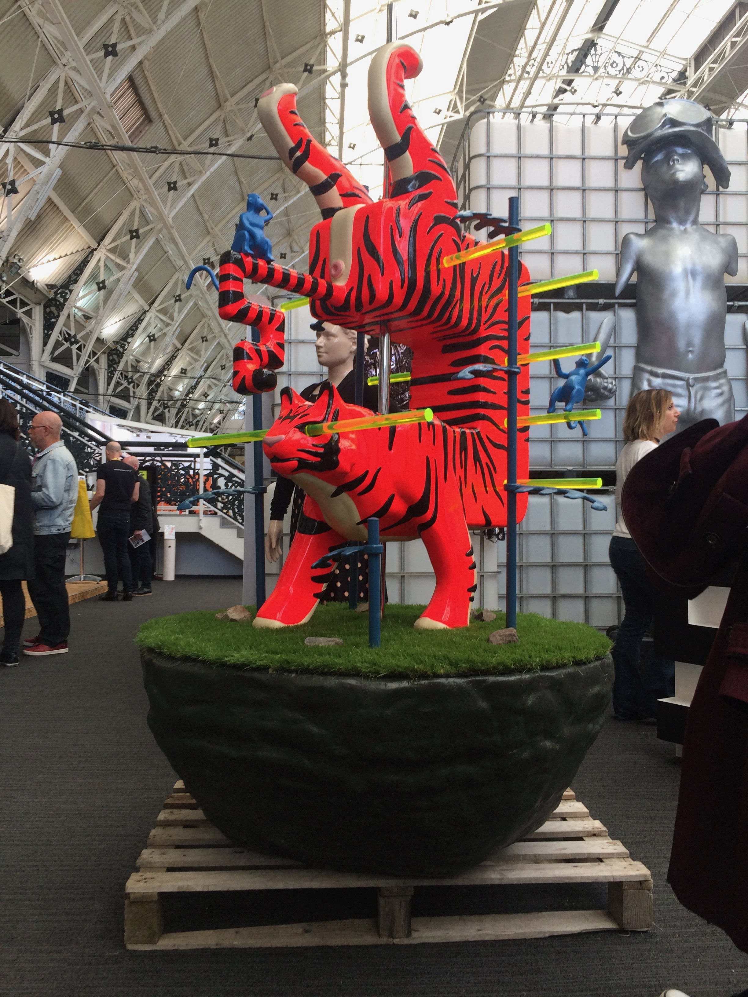 Tiger on Display 2