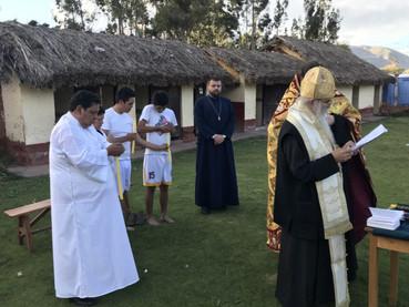 El Metropolita Amfilohije visitó la ciudad Inca de Cusco y bautizó a habitantes.