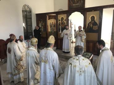 El Metropolita Amfilohije y los Obispos Kirilo y Metodije celebraron la Divina Liturgia en Machagay