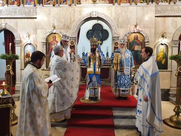 El Obispo Kirilo celebró la Divina Liturgia vespertina en la Iglesia Ortodoxa Antioquena