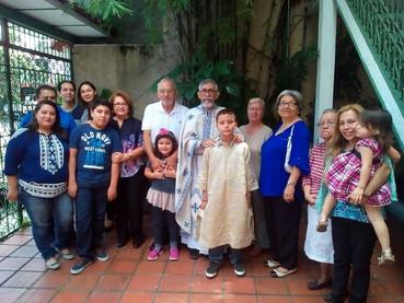 El Rev. Stavrofor Alexis Peña Alfaro, realizó una nueva visita pastoral a la misión en El Salvador