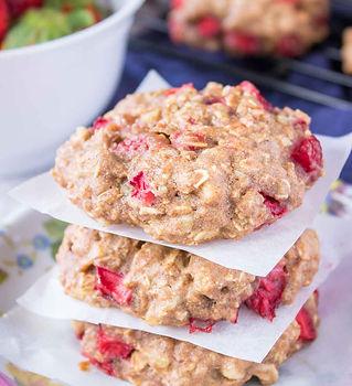 Strawberry-Oatmeal-Cookies-2-0595.jpg