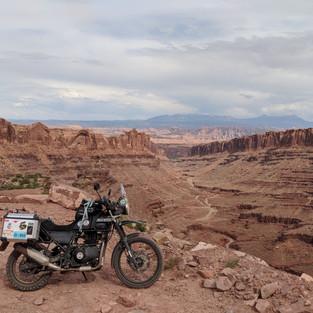 59. Climbing the canyon roads of Canyonl