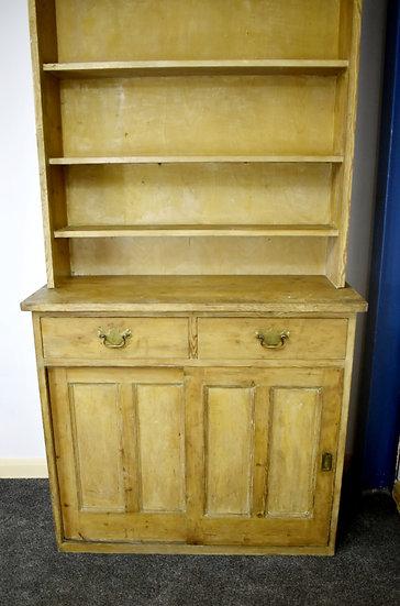 Early 20th Century Pine Dresser
