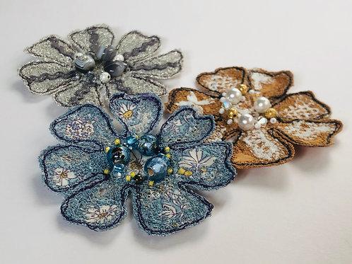 Stitched Flower Brooch Workshop