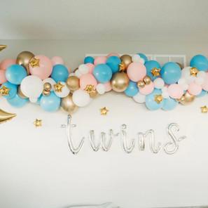 Twin Balloon Garland