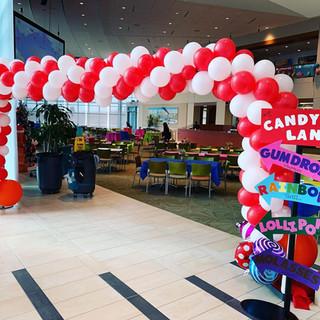 candyland balloon arch.jpg
