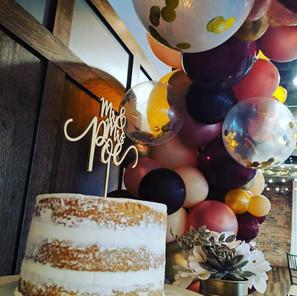 Wedding Cake Garland