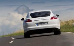 2012-porsche-panamera-diesel-rear-end