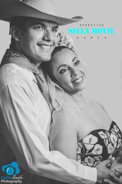 Julia Mejía y Alex López