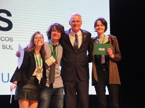 Prêmio do CRT-RS é entregue para projetos destaques da 34ª Mostratec