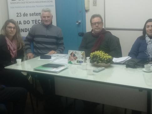 Diretor da Fundação Liberato, Professor Técnico Industrial Ramon Fernando Hans, visita CRT-RS