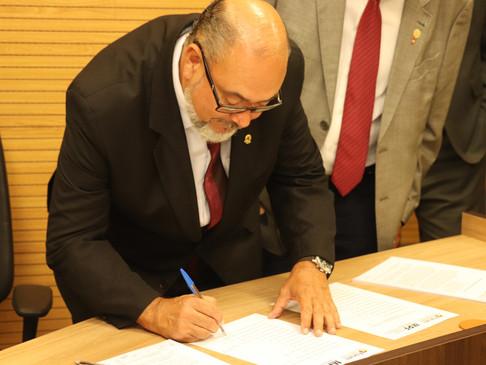 CRT-RS assina termo de cooperação junto ao MPF no Fórum dos Conselhos