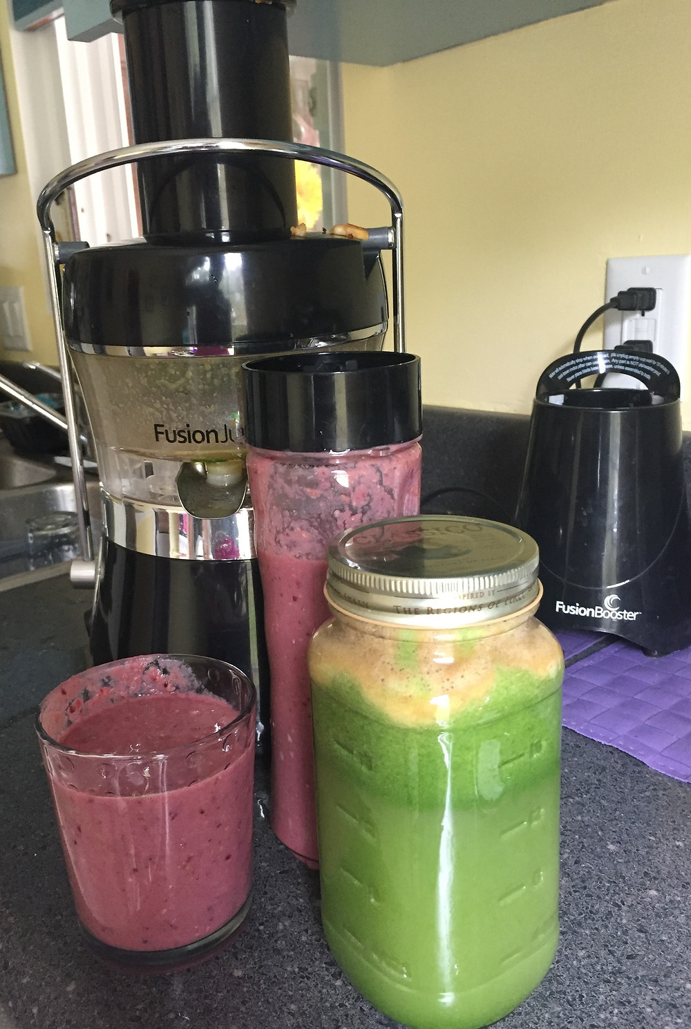 Day 3: apples, pear, cucumber, spinach, broccoli, lime, berries, banana, yogurt, mixed seeds