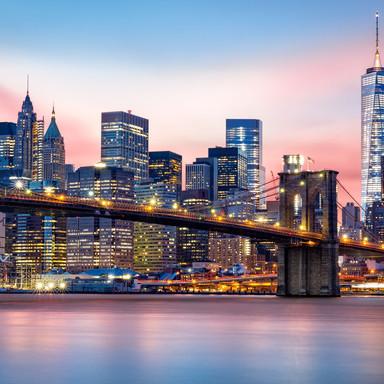 Lower-Manhattan-skyline-502846306_5760x3840.jpg