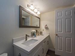 side washroom