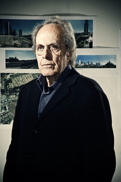 Teodoro González de Léon