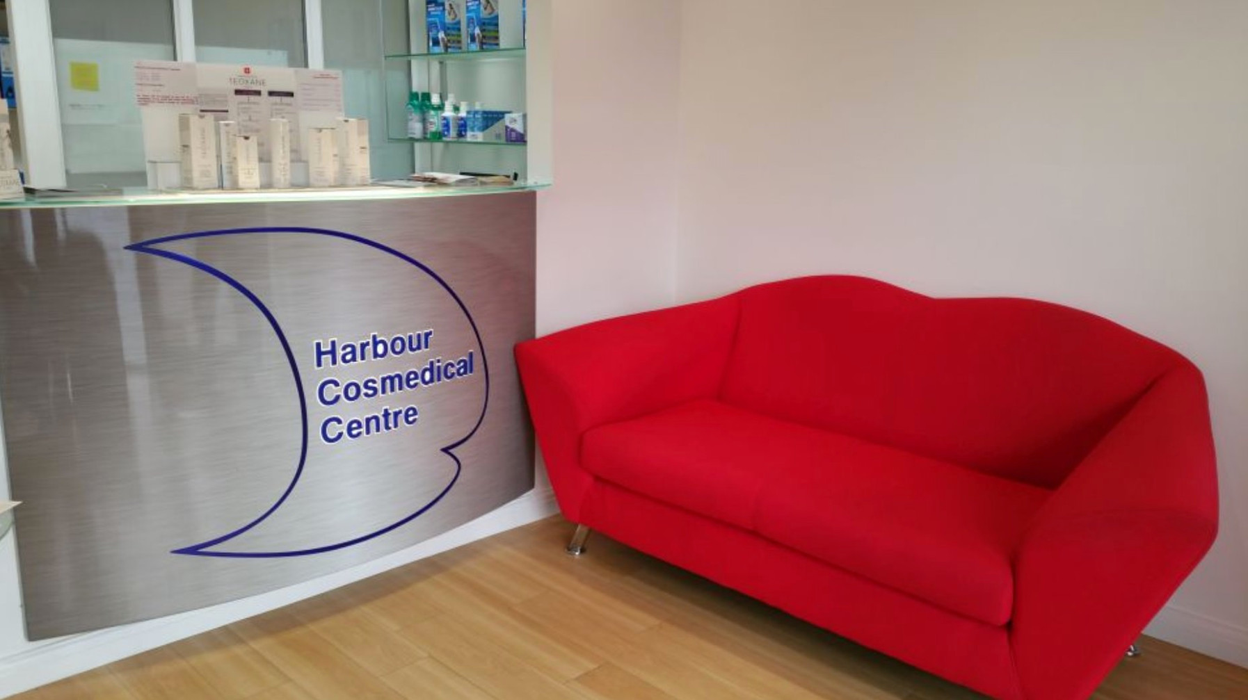 Waiting room for orthodontic and cosmedical treatment