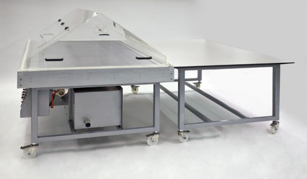 heated-suction-table-with-hood-and-companion-table_1