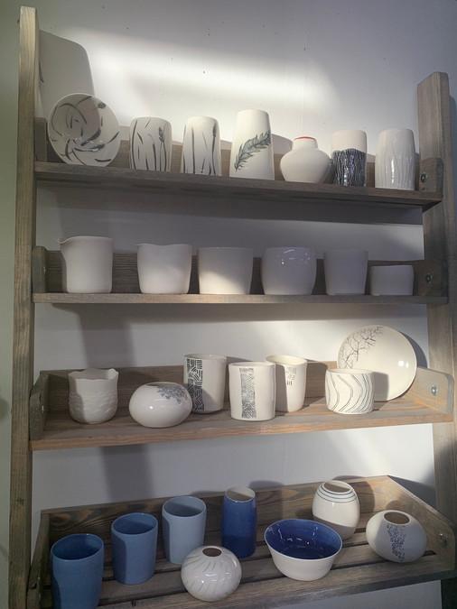 Porcelain shelves