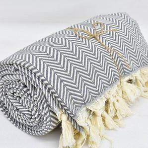 Organic handmade arrow design throw bedspread