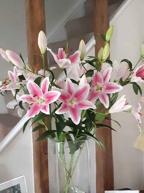Bouquet of Lilies (Fortnightly)
