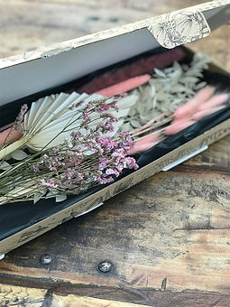 pink_dried_floral_letterbox_bouquets_uk_