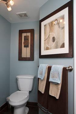 PLUSH-Bathroom 7