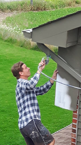 Exterior spray painting in Vaughan