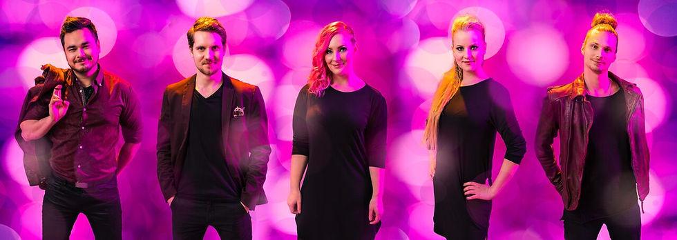 Bilebändi Shine Out tuo loistetta häihin, pikkujouluihin ja kaikkiin muihinkin juhliin.