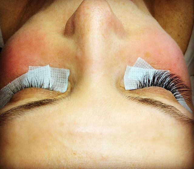Before/After 3D Volume Lash Extens