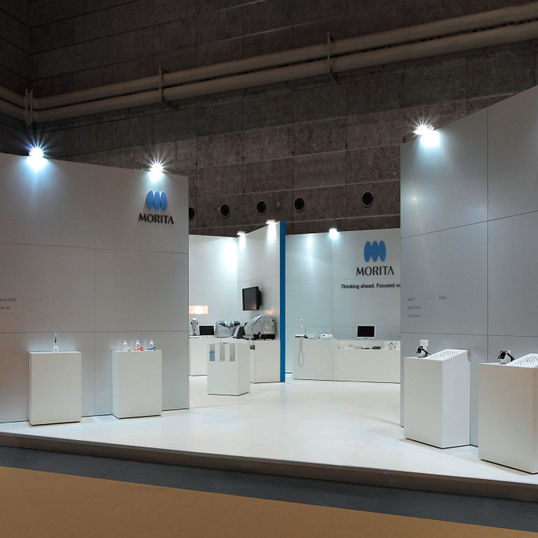 STAND AIE